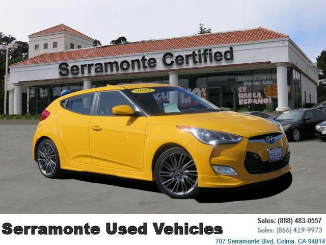 2013 Hyundai Veloster Re:mix Coupe 3d