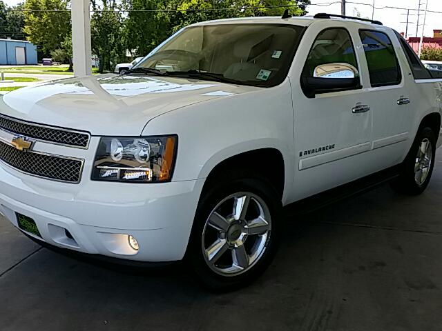 2008 Chevrolet Avalanche With approved credit Visit Unique Autos online at wwwuniqueautoslacom to