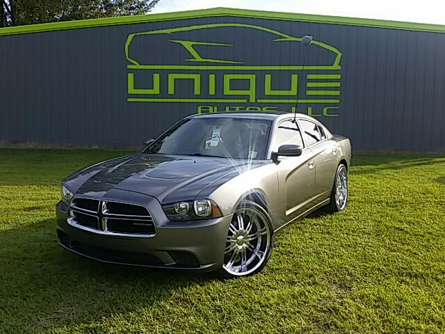 2011 Dodge Charger Visit Unique Autos online at wwwuniqueautoslacom to see more pictures of this v