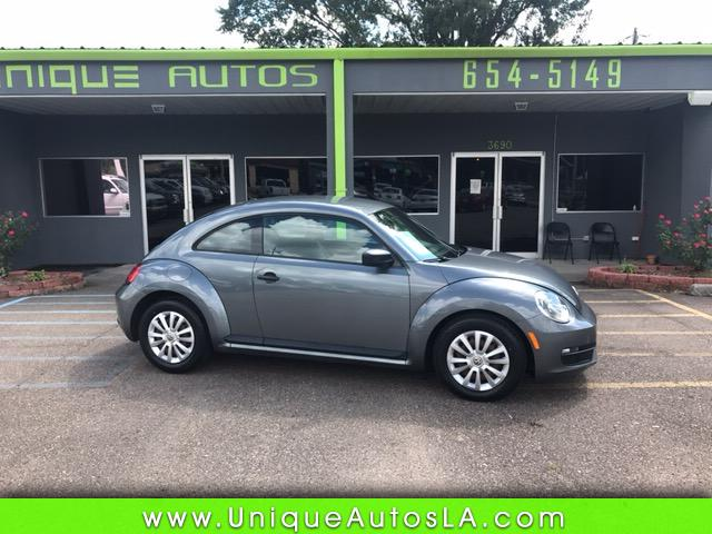 2012 Volkswagen Beetle 2.5L w/Sunroof Sound & Nav