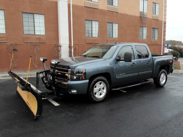 2010 Chevrolet Silverado 1500 LT Crew Cab 4WD with Snow Plow