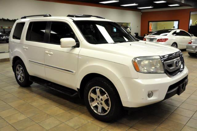 2010 Honda Pilot Touring 2WD 5-Spd AT with DVD