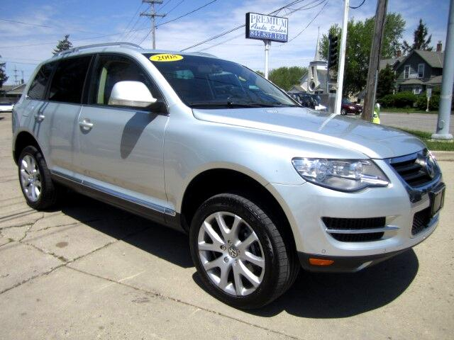 2008 Volkswagen Touareg VR6 FSI AWD LOW MILES VERY CLEAN