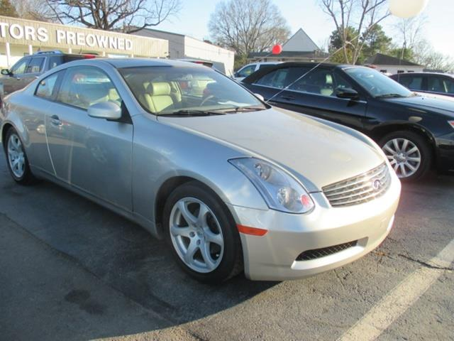 2003 Infiniti G35 Coupe with Leather and 6MT