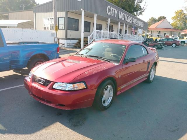 2002 Ford Mustang Deluxe Coupe