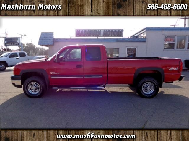2006 Chevrolet Silverado 2500HD LT1 Ext. Cab Long Bed 4WD