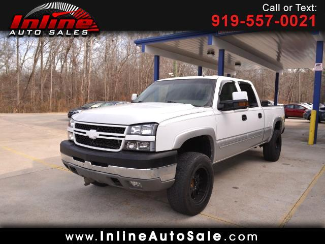 2006 Chevrolet Silverado 2500HD LS Crew Cab Short Bed 4WD