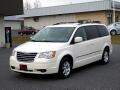 2009 Chrysler Town &amp; Country