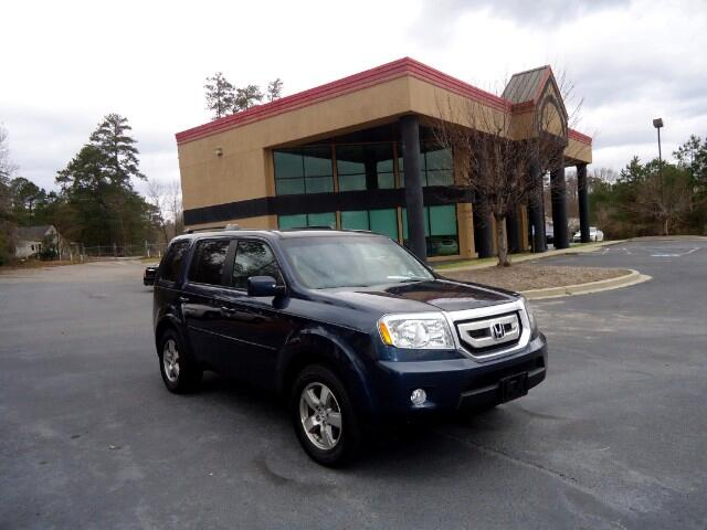2011 Honda Pilot LEATHER SUNROOF BACK UP CAMERA THIRD ROW SEAT Please call us at 866-245-2383 to ar