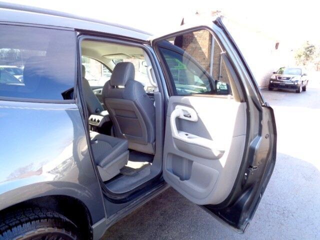 2011 Chevrolet Traverse LS FWD w/PDC