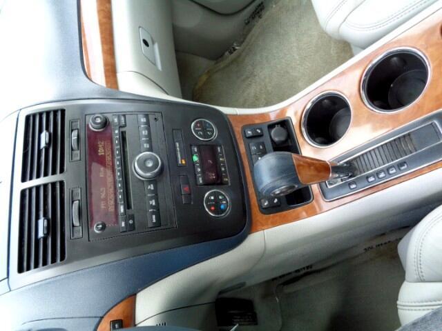 2008 Saturn Outlook XR FWD