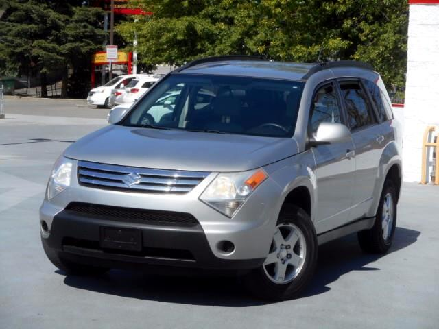 2007 Suzuki XL-7 Base 3-Row AWD