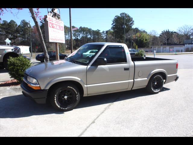 1998 Chevrolet S10 Pickup LS Reg. Cab Sportside 2WD