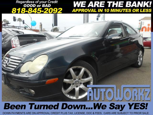 2004 Mercedes C-Class Panoramic sun roof leather top notch best deal cash or finance Join our Famil