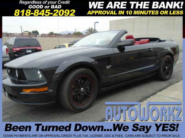 2005 Ford Mustang WOW CHECK THIS ONE OUT AUTO CONVERTIBLE LEATHER CUSTOM LEATHER LIKE NEW PRICE RIG