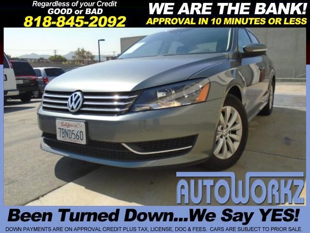 2013 Volkswagen Passat CHECK THIS ONE OUT LEATHER NICE COLOR AUTO AC FULL POWER LIKE NEW RUNS GREAT