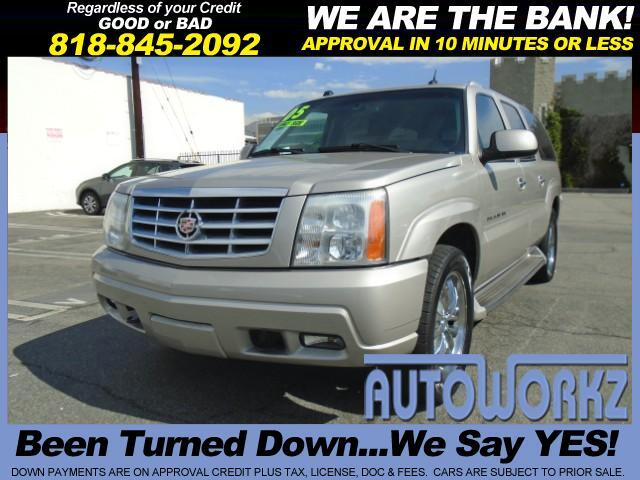 2005 Cadillac Escalade WOW CHECK THIS ONE OUT GREAT FOR THE FAMILY READY FOE SALE LIKE NEW CLEAN Joi
