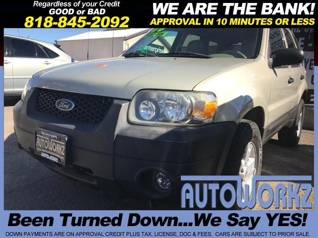 2006 Ford Escape Are you just looking for a practical and reliable car This Ford Escape is an excel