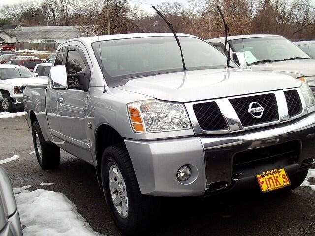 2004 Nissan Titan SE King Cab 4WD