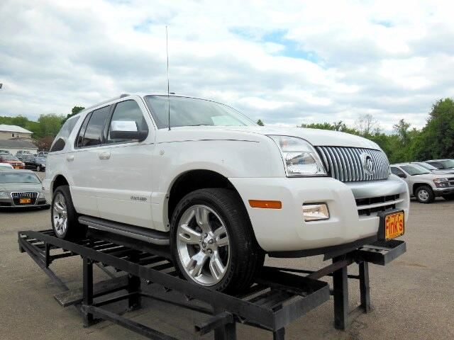 used 2010 mercury mountaineer for sale in zanesville oh 43701 finks quality used cars. Black Bedroom Furniture Sets. Home Design Ideas