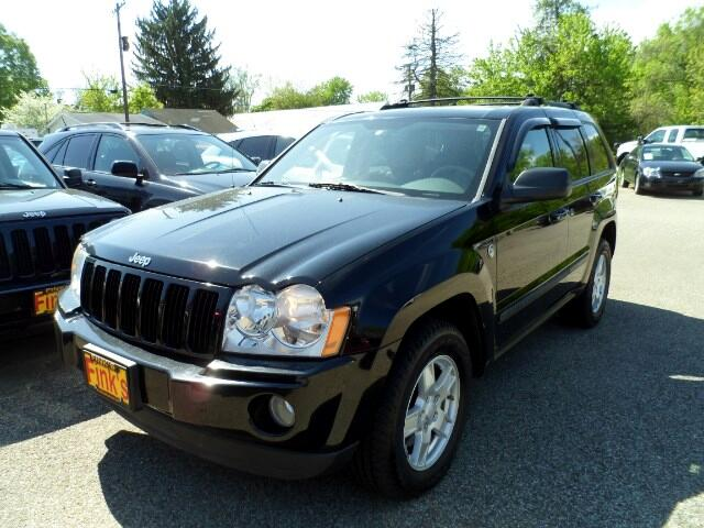 used 2007 jeep grand cherokee laredo 4wd for sale in zanesville oh 43701 finks quality used cars. Black Bedroom Furniture Sets. Home Design Ideas