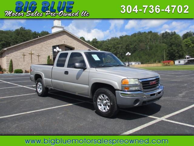 2004 GMC Sierra 1500 SLT Ext. Cab Std. Box 4WD