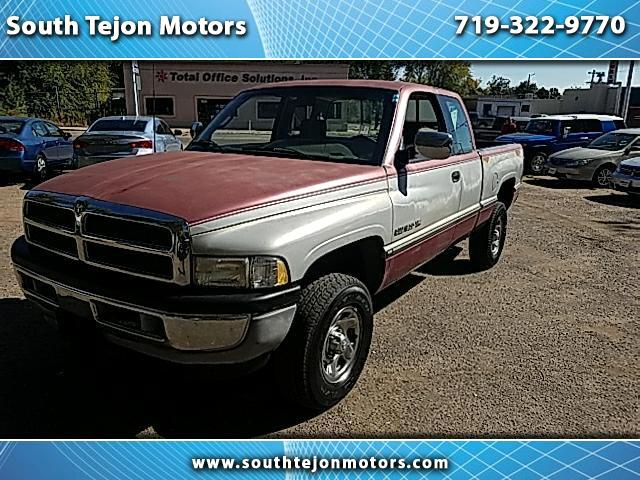 1995 Dodge Ram 1500 ST Club Cab 6.5-ft. Bed 4WD