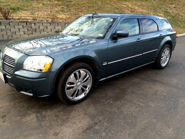 used 2005 dodge magnum rt awd for sale in kansas city mo 64150 silver eagle auto mall. Black Bedroom Furniture Sets. Home Design Ideas