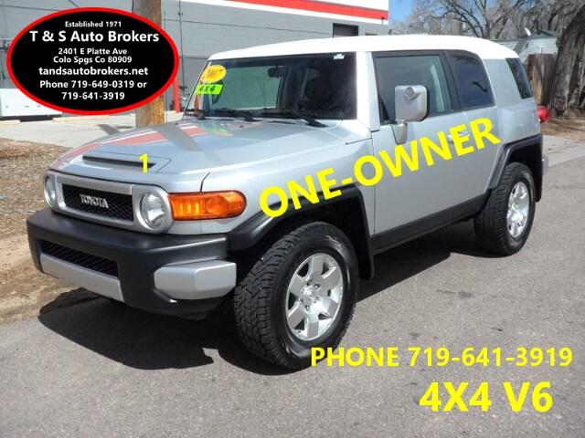 2007 Toyota FJ Cruiser ONE OWNER SUPER CLEAN 4X4