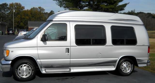 used 2001 ford econoline e150 van for sale in atlanta ga. Black Bedroom Furniture Sets. Home Design Ideas