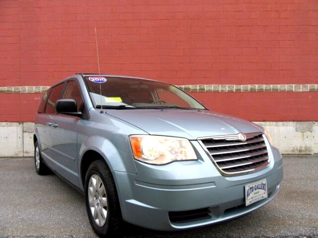 2010 Chrysler Town & Country LX DVD ENTERTAINMENT