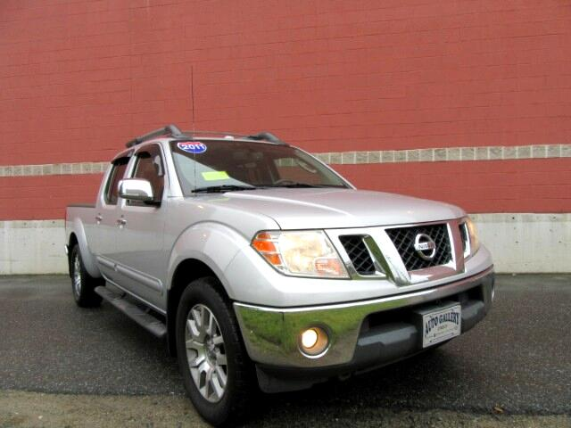 2011 Nissan Frontier LE Crew Cab 4WD Leather