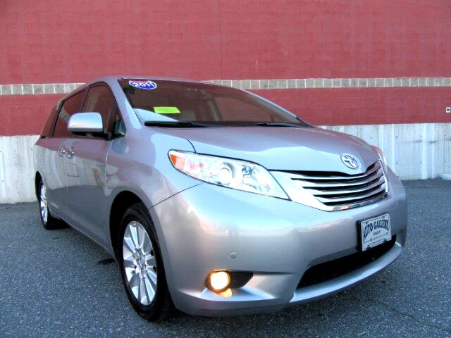 2011 Toyota Sienna Limited AWD 7-Pass V6 Navigation DVD Entertainment