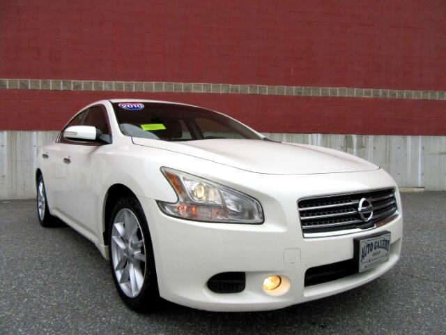 2010 Nissan Maxima 3.5 SV Leather Moon Roof