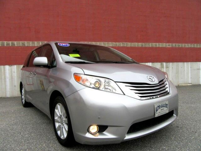 2011 Toyota Sienna Limited AWD 7-Pass V6 Navigation DVD Entertainment