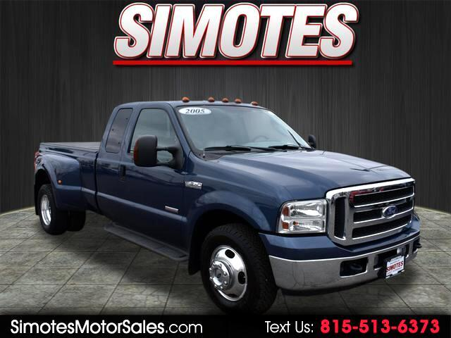 2005 Ford F-350 SD Lariat SuperCab Long Bed 2WD DRW
