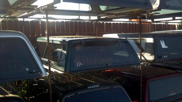 1 Chevrolet S10 1994-2003 Short Bed LEER Topper