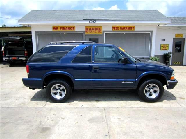 2000 Chevrolet Blazer LS 2-Door 2WD