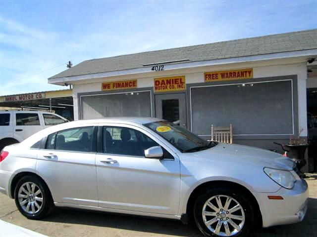 2010 Chrysler Sebring Sedan Limited