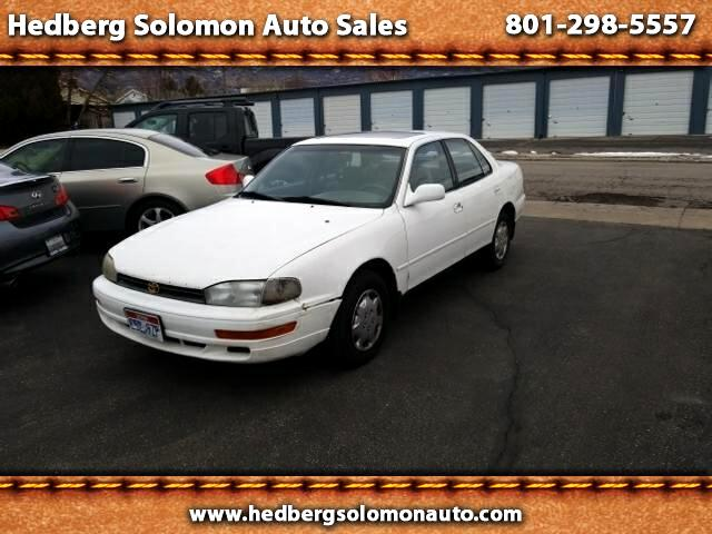 1993 Toyota Camry 2014.5 4dr Sdn I4 Auto L (Natl)