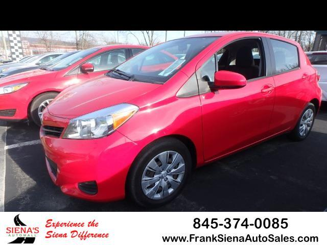2014 Toyota Yaris L 5-Door AT