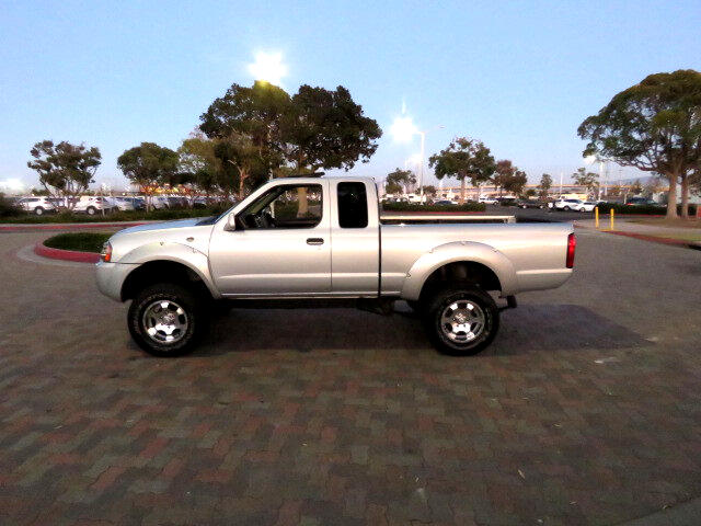 2001 Nissan Frontier SC King Cab 2WD