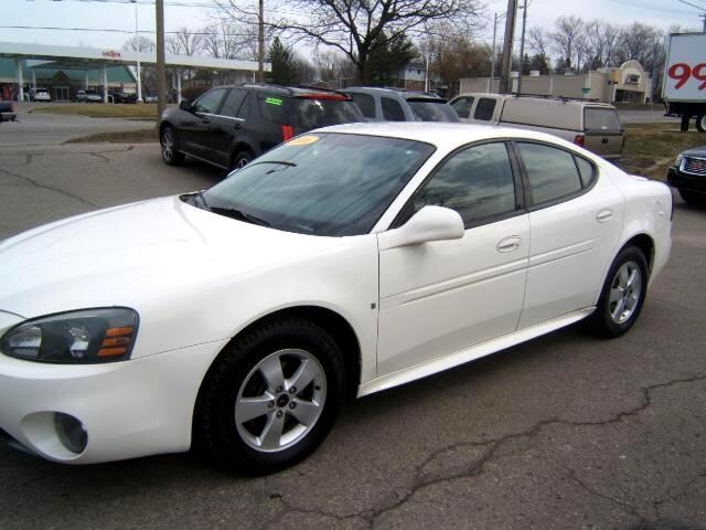 2006 Pontiac Grand Prix runs and drives like new tires like new 3800 engine good gas milesge loaded