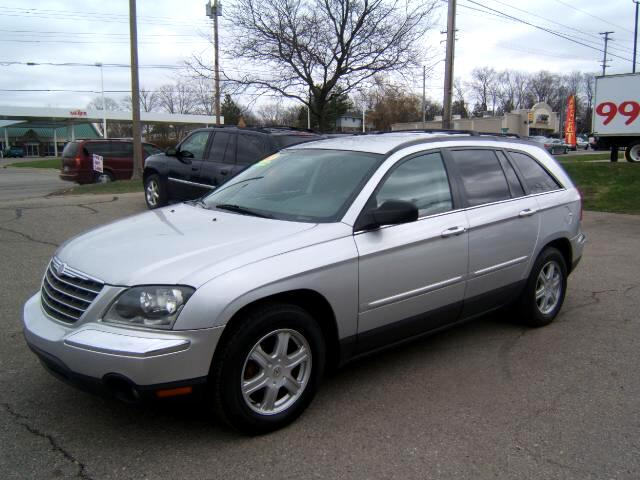 2005 Chrysler Pacifica has a third seat only 94000 miles leather cd player power seats windows locks