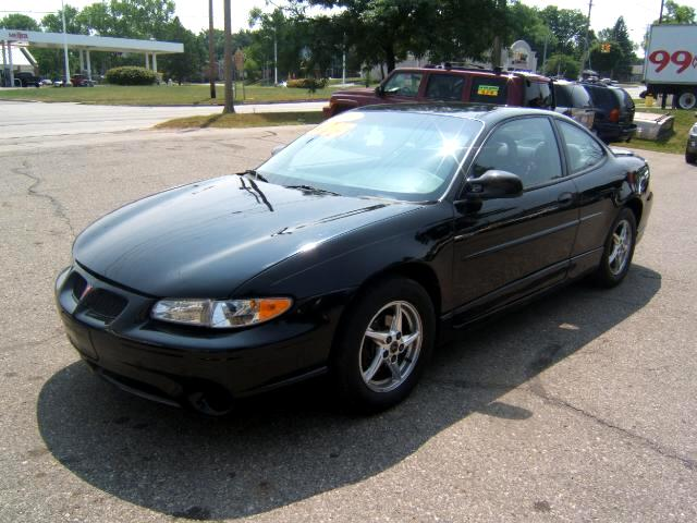 2002 Pontiac Grand Prix only 100k on it4 new tires has a 3800 engine GT package power windows cd pl