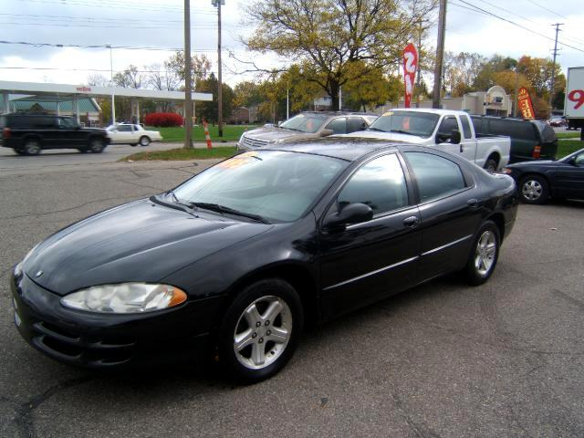 2004 Dodge Intrepid very clean car runs and drives great it has dents on passe