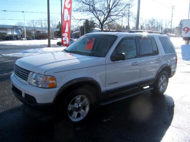 2004 Ford Explorer very sharp suv 4x4 XLT loaded has a moon roof cd player power seat cruise tilt