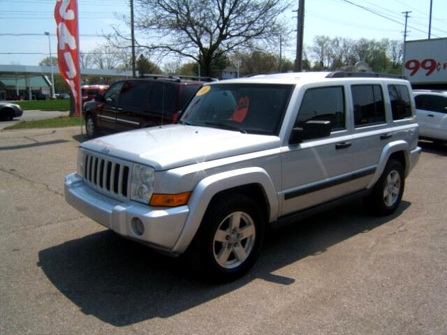 2006 Jeep Commander it is a 4x4 HAS A THIRD SEAT very sharp runs and drives great power windows loc