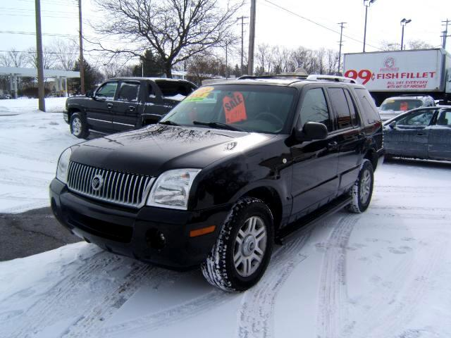 2004 Mercury Mountaineer 4x4 has a third seat very sharp inside and out runs and drives very well