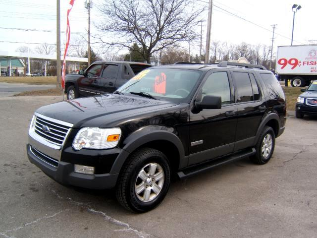 2006 Ford Explorer very sharp inside and out runs and drives great 4x4 alloy wheels cd player wind